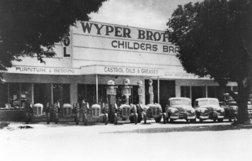 Wyper Brothers' Service Station and showrooms in Childers, Queensland