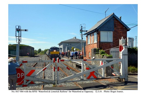 Tipperary Level Crossing. No. 086 & RPSI train for Waterford. 12.5.19