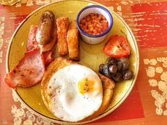 English breakfast, Faro Lounge, Lichfield City