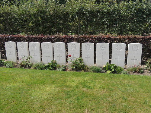 DSCN2339 Railway Chateau Cemetery, Ypres