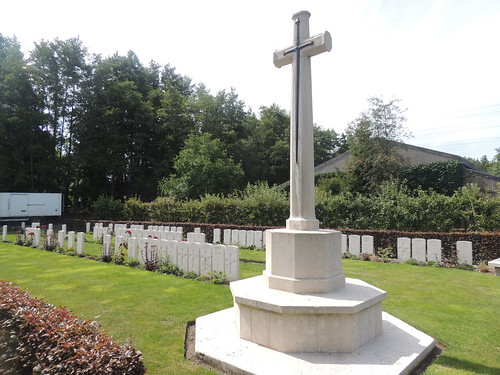 DSCN2336 Railway Chateay Cemetery, Ypres