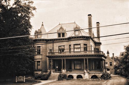 Grand Rapids MI - Michigan-  Architecture Style Victorian-  Ralph Voigt House Mansion- KentCounty