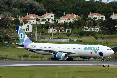 EC-LXA A330-343 cn 670 Evelop Airlines 160730 Lajes Field 1004