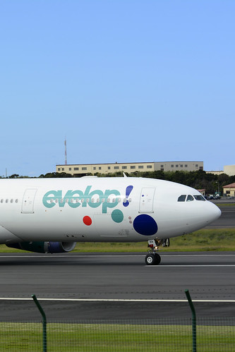 EC-LXA A330-343 cn 670 Evelop Airlines 160730 Lajes Field 1002