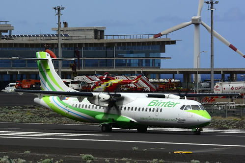 EC-KSG ATR72-212A cn 796 Naysa (Binter) 160628 La Palma 1005