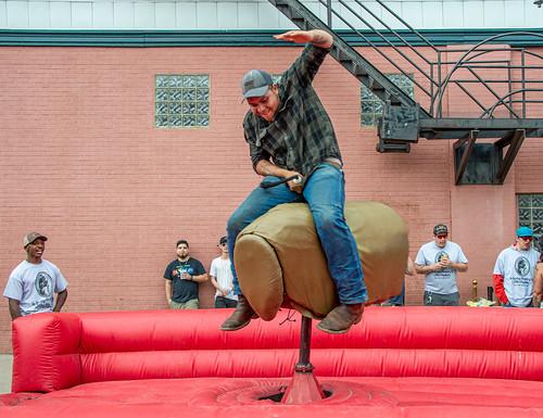 Mechanical bull rider