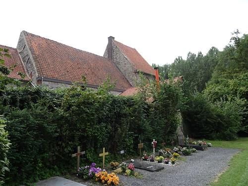 Commanderie et cimetière de Saint-Léger en 2019