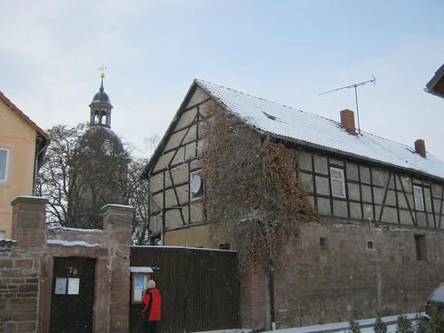 Esperstedt, Kyffh. Auf der Pfarrgasse im Winter