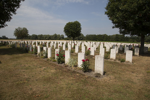 Tancrez Farm Cemetery Ploegsteert
