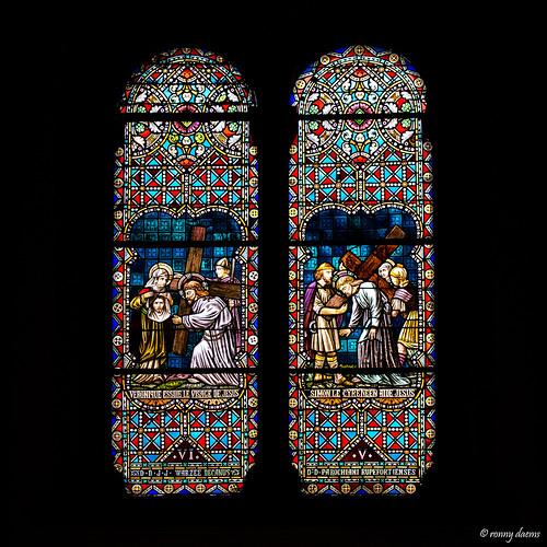 Rochefort, Notre-Dame de la Visitation (Glasvensters).