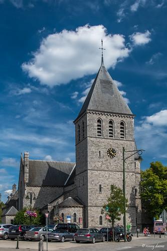 Han-sur-Lesse, Sint-Hubertuskerk.