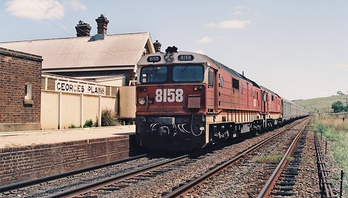 129-30 1992-02-16 8158 and 8178 on WL-2 at Georges Plains
