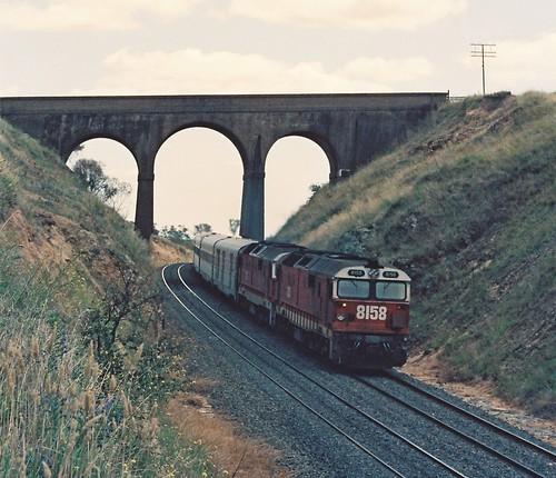 129-31 1992-02-16 8158 and 8178 on WL-2 at Wambool