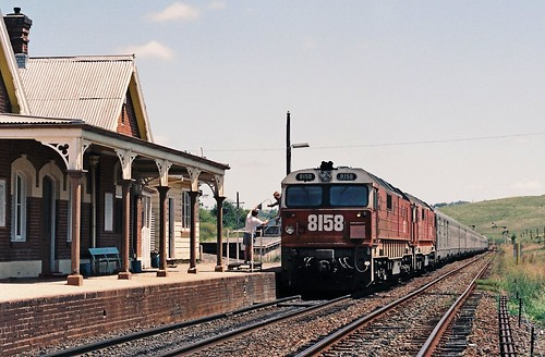 129-29 1992-02-16 8158 and 8178 on WL-2 at Georges Plains