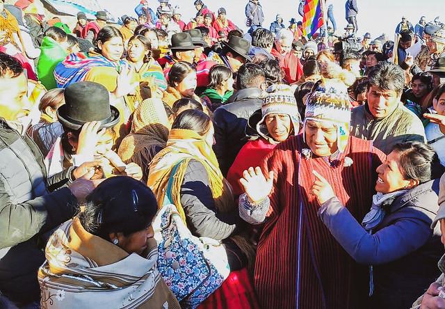 Na Bolívia, presidente Evo Morales lidera corrida por quarto mandato consecutivo