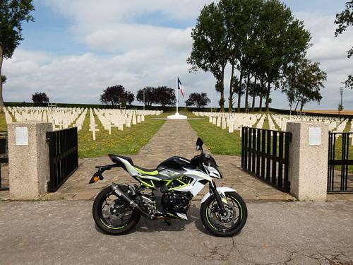 Au cimetière militaire français 1940 de Chastre