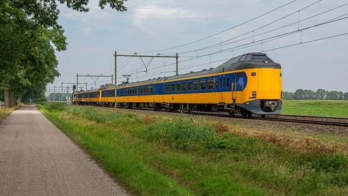 Griendtsveen ICMm 4012-4033 IC 3529 Schiphol-Venlo