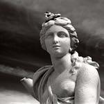 Muse of Queluz  (Astrum Foto 100)