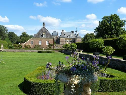 In the garden of Weldam Castle
