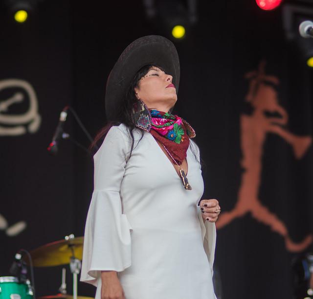 Folk Fest Day One Diggin Roots-29 Helen Zhang