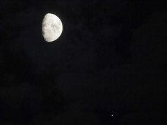 2019.08_When the Moon aligns with Jupiter & Saturn