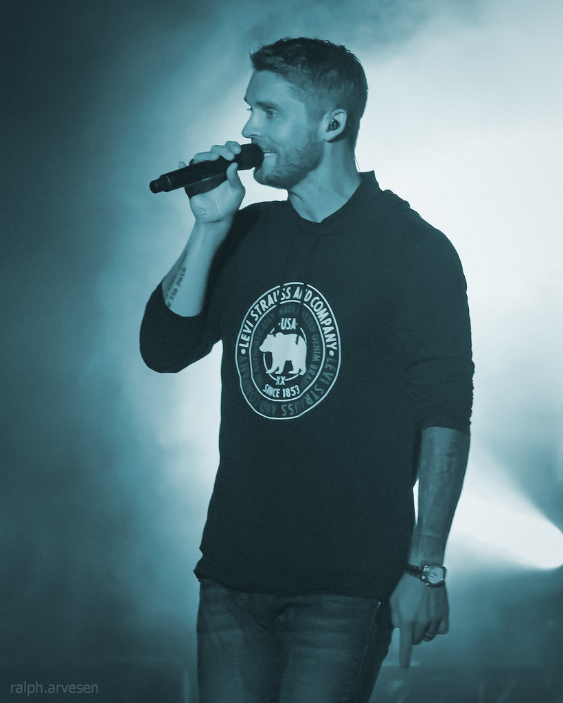 Brett Young | Texas Review | Ralph Arvesen