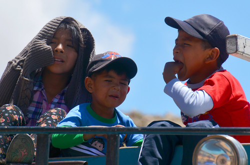 Enfants sur un camion Bolivie _2324