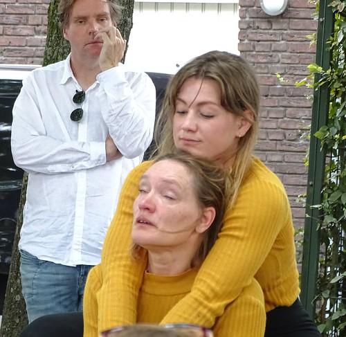 Limburgs festival Roermond Dansparade, Hannah en Lida Zwaans - Aan alle moeders