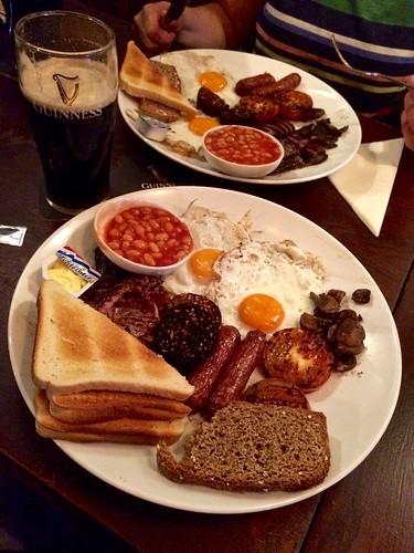 Full Irish Breakfast / Tierney's Irish Pub / Haarlem