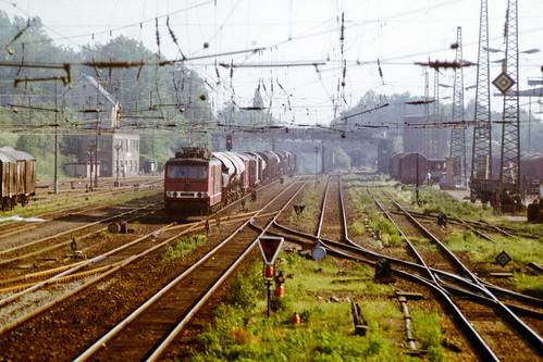 Durchfahrt im Bahnhof Werdau