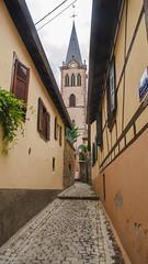 Ruelle exiguë de l'église Saint-Médard