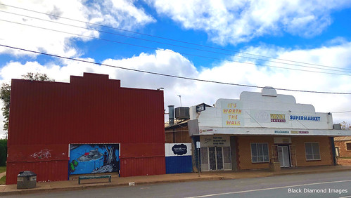 Unidentified Building & Friendly Grocer Supermarket, Wilcannia, Western NSW