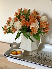 Image by valatal (vmolloy) and image name #flowerpower #roses #alstroemeria #home / bowl by @abigailmurraystudio photo