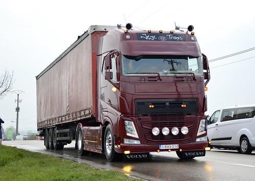 B-Jèjè Trans-Volvo Fh