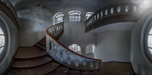 rotten staircase - visiting the old sanatorium