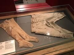 Nelson's death clothes