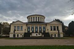 Akademisches Kunstmuseum in Bonn in dunklem Herbstwetter (135FJAKA_2445)