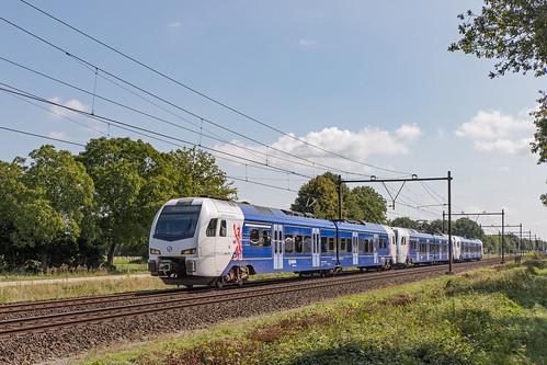 FLIRT 3 Arriva treinstellen 463, 464 en 456. Horst-Sevenum