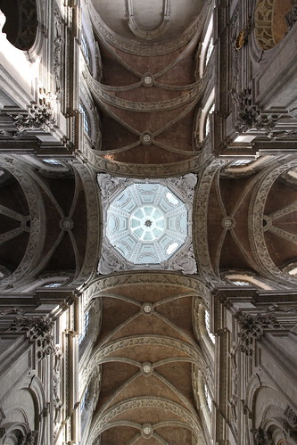 IMG_4842 Basilica Saint-Servatius by Gilbert van Zinnick