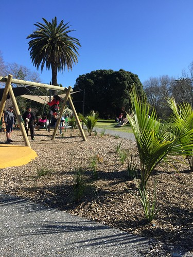 Botanical Gardens Playground July 2016 01