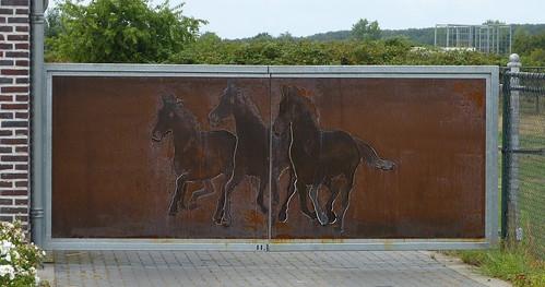 Horse Power Gate in Swalmen