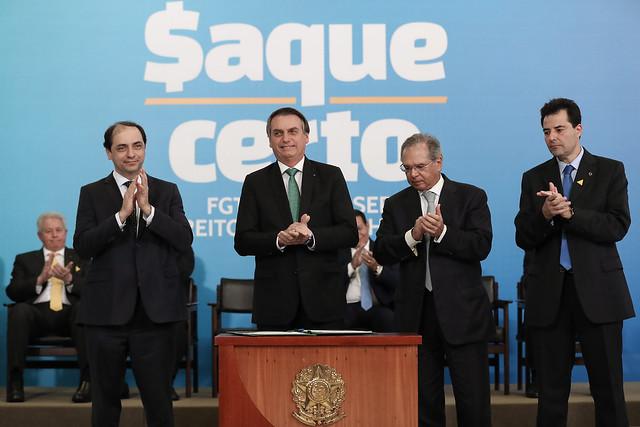 Bolsonaro aumenta sua dependência de Guedes, analisa o jornalista Thomas Traumann - Créditos: Marcos Corrêa / PR