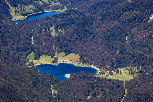 Ferchensee und Lautersee - Blick von der Karwendelbahn-Berstation