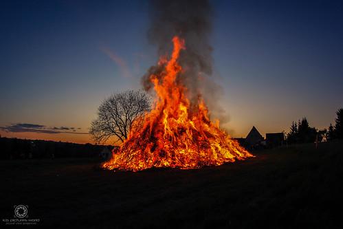 Sonnenuntergang & Feuer zur Walpurgisnacht Rothenfurth 2018