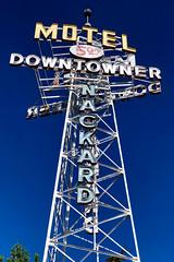 Nackard Downtowner Motel