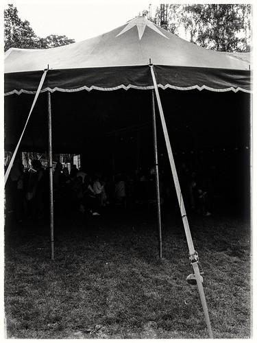 Das Welt-Zelt