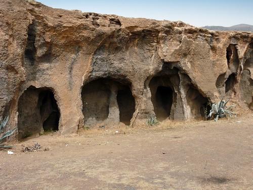 Espagne, l'île de la Grande Canarie, les grottes dans le tuf