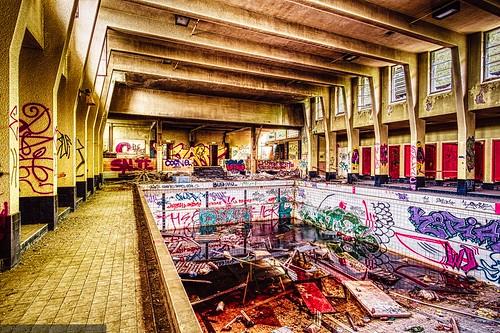 Charleroi Urbex - Piscine Solvay