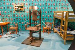 Der Setnachbau des Raumes auf der Gamescom Messe wo sich Adam's Zeitmaschine befindet in der Netflix Serie 'Dark'