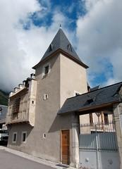 Guchen Vallée d'Aure  maison du procureur que l'on date de 1594